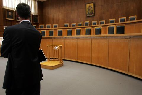 Αποχή διαρκείας  των δικηγόρων