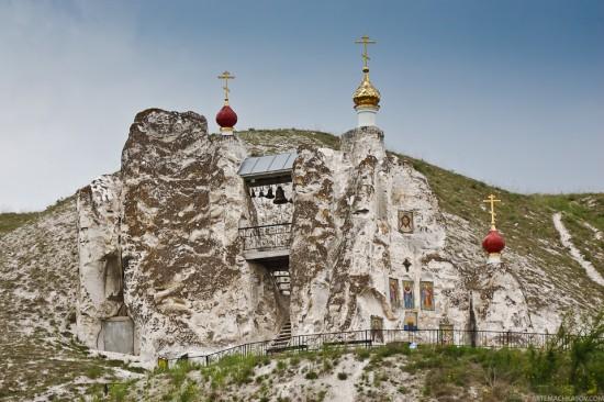 Ένα πέτρινο θαύμα στα βουνά της ρωσίας